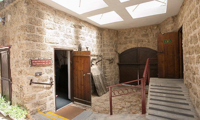 5 מוזיאון החאן חדרה - כרטיס כניסה