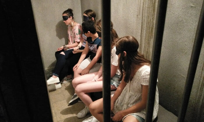3 אסקייפ סיטי - משחק בחדר בריחה, תל אביב