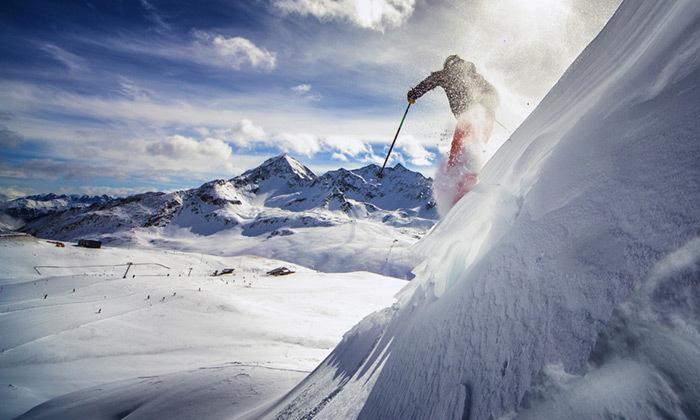 3 מקדימים להזמין: חופשה בבנסקו - סקי, חיי לילה, קזינו וספא
