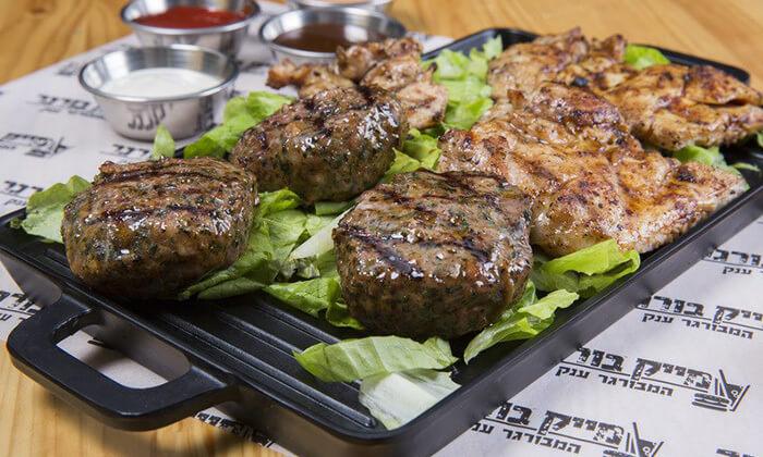5 ארוחה זוגית כשרה במייק בורגר, סניף יהוד