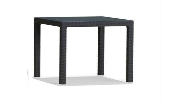 5 שולחן וכיסאות חצר, כתר פלסטיק