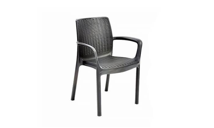 3 שולחן וכיסאות חצר, כתר פלסטיק