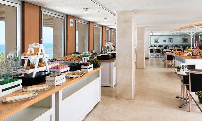 4 יום כיף זוגי עם עיסוי ב-Share Spa במלון לאונרדו ארט, חוף גורדון