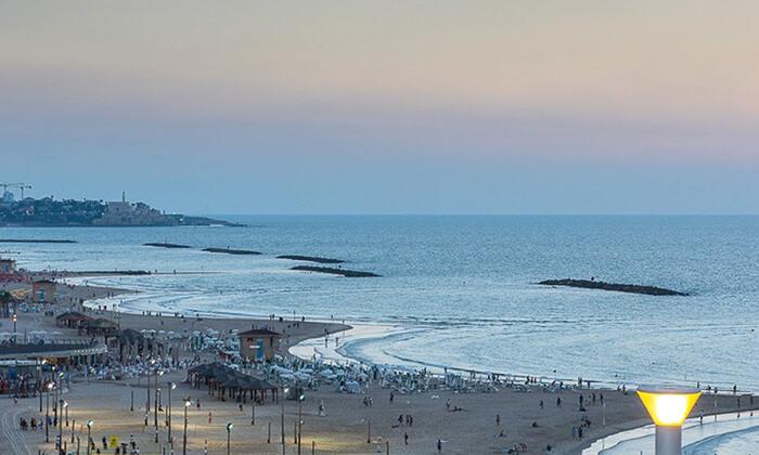 8 יום כיף עם עיסוי ב-Share Spa במלון לאונרדו ארט, חוף גורדון