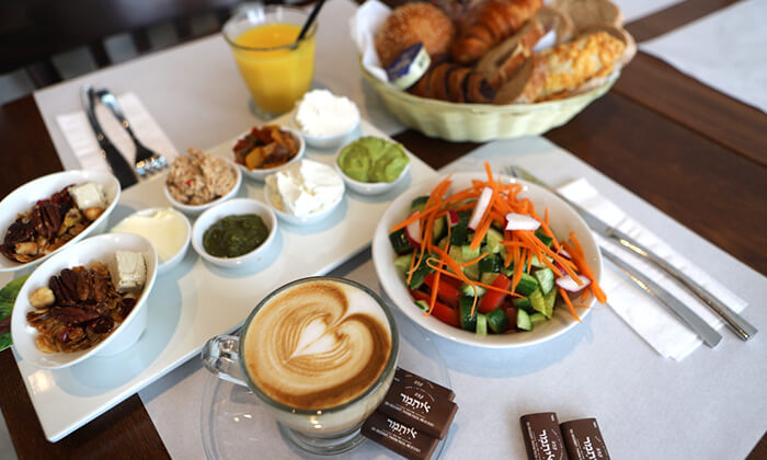 3 ארוחת בוקר זוגית כשרה בקפה איתמר, גבעת שמואל