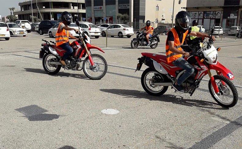 שיעורי נהיגה וטסט לקטנוע