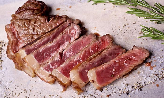 13 ארוחה זוגיתברשת רק בשר