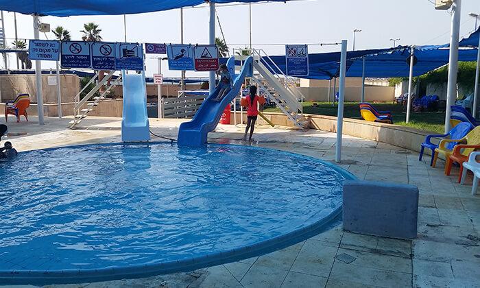 4 כרטיס כניסה לפארק המים גלי ים, בחוף הדרומי של חיפה