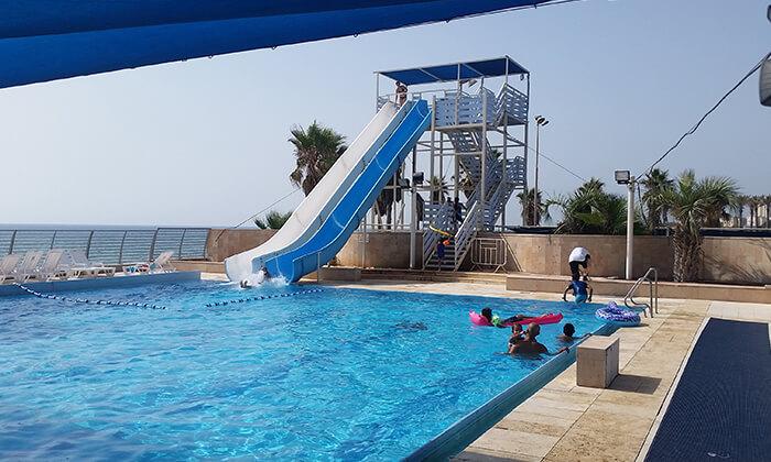2 כרטיס כניסה לפארק המים גלי ים, בחוף הדרומי של חיפה