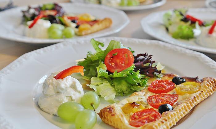 2 ארוחה זוגית איטלקית בבית הקפה נושה, פתח תקווה