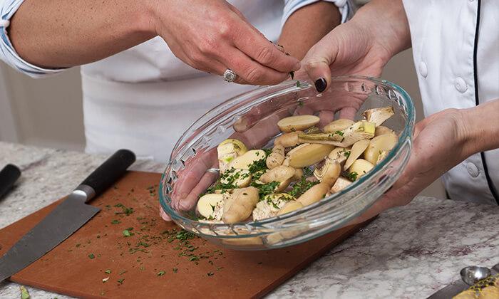 4 שיעורי בישולעם שף פרטיעד הבית - מבשלים באהבה