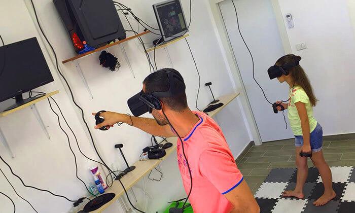 3 משחק מציאות מדומה ב-VR CLUB, אשקלון