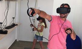 משחק מציאות מדומה ב-VR CLUB