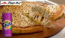 פיצה אישית ושתייה בפיצה האט