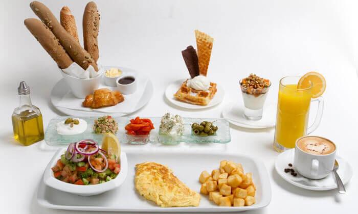 3 ארוחת בוקר זוגית בלונדון רסטו קפה, תל אביב