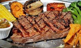 ארוחה זוגית במסעדת MEAT