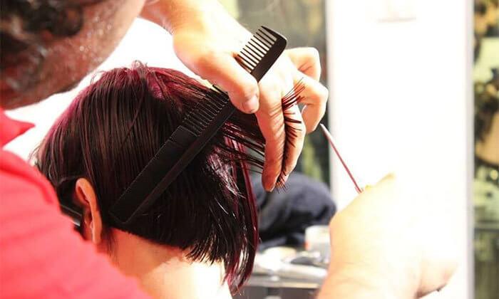 2 מגוון טיפולי שיער במספרות 'מוטיה רובין', תל אביב וחיפה