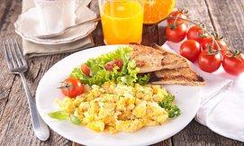 ארוחת בוקר לזוג בברעם, דרך יפו