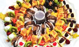 מגש סושי קינוחים או פירות