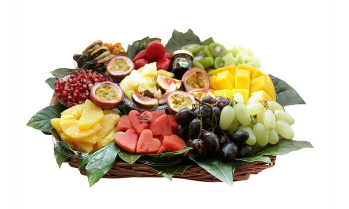11 הזמנת סלסלאות ומגשי פירות אקזוטיים