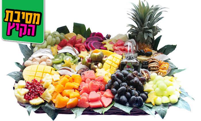 9 הזמנת סלסלות ומגשי פירות אקזוטיים
