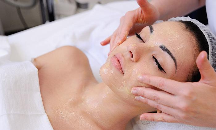 4 טיפולי פנים בקליניקת מור קוסמטיקס, ירושלים