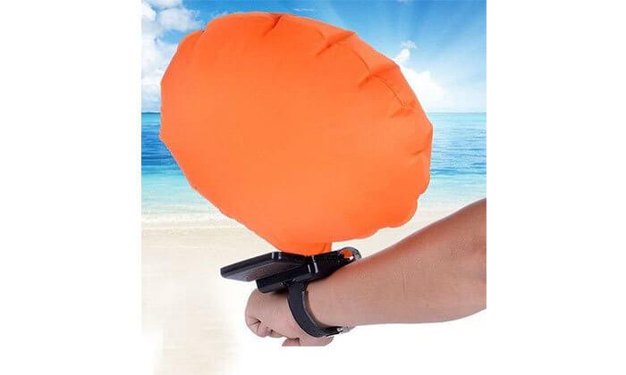 2 צמיד הצלה חכם המסייע במקרה של סכנת טביעה