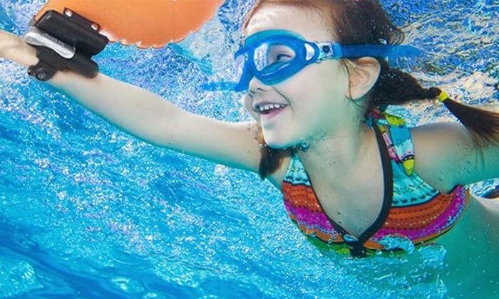 6 צמיד הצלה חכם המסייע במקרה של סכנת טביעה