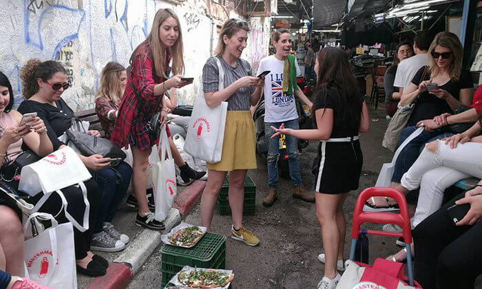 6 ארוחה בדוכן האוכל 'ג'ונאם', תל אביב
