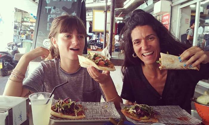 7 ארוחה בדוכן האוכל 'ג'ונאם', תל אביב