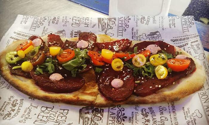 3 ארוחה בדוכן האוכל 'ג'ונאם', תל אביב