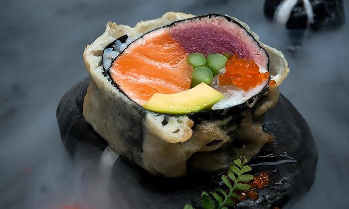 5 ארוחה זוגית במסעדת נגיסה הכשרה, כיכר המדינה תל אביב