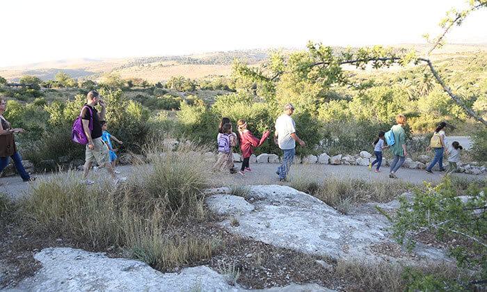 9 פארק נאות קדומים - כניסה והשתתפות בפעילויות לסוכות