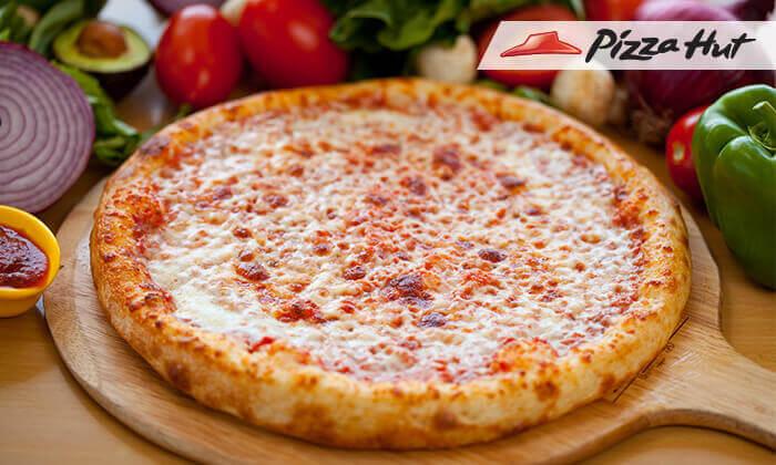 2 פיצה אישית בפיצה האט, למימוש בסניפי הרשת