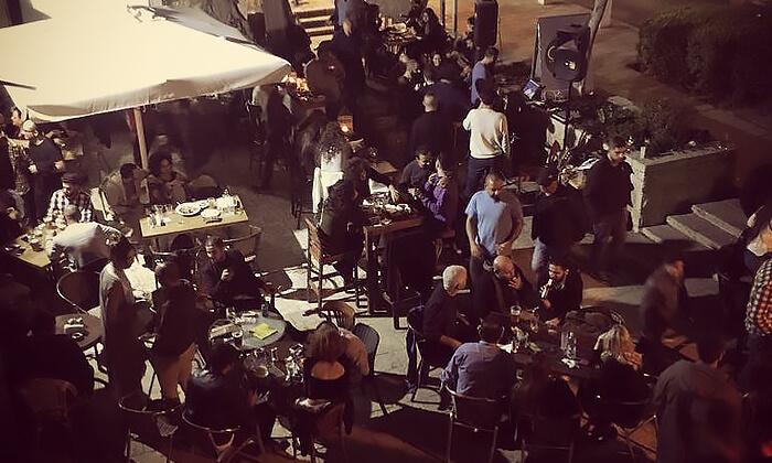 8 ארוחה זוגית ב-OAK BAR, המושבה הגרמנית חיפה