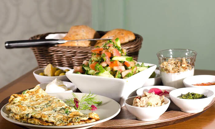 2 ארוחת בוקר במסעדת ביילסאן, עכו