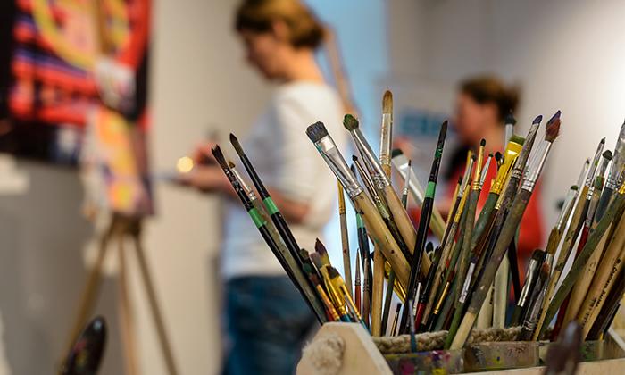 9 סדנת ציור בסטודיו של האמן מיגל תומר בתל אביב