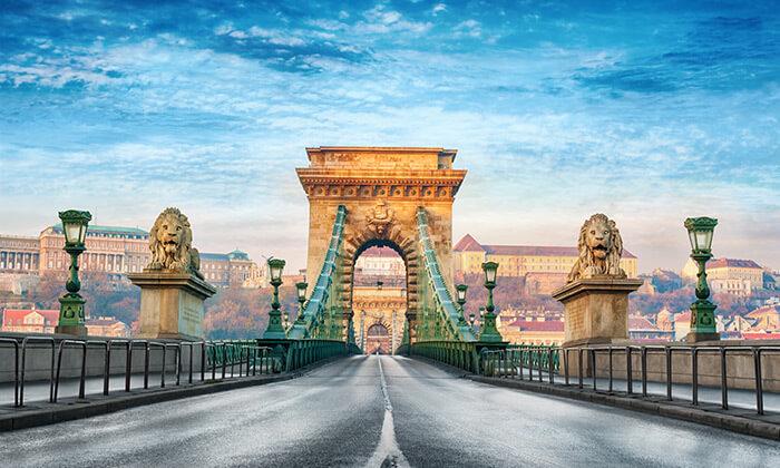 """2 חופשה בבודפשט, כולל סופ""""ש - נופי הדנובה, שופינג בכל פינה והקיורטוש הכי טעים בעולם"""