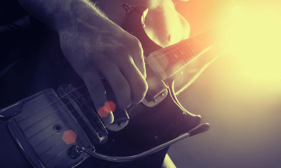 2 סופ''ש עם לני קרביץ בסופיה, בולגריה - גיטרות, פאנק, רוק והרבה נשמה