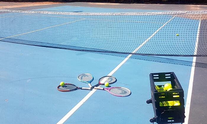 5 אימוני טניס לילדים ולנוער בבית ספר לטניס, נווה ימין
