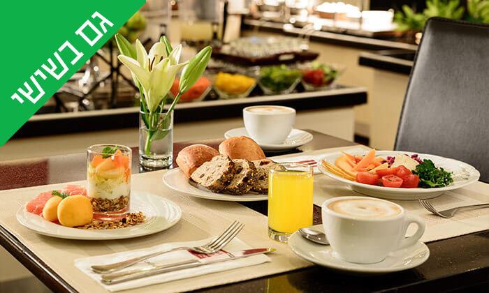 5 ארוחת בוקר בופה במלון לאונרדו ביץ', חוף גורדון תל אביב