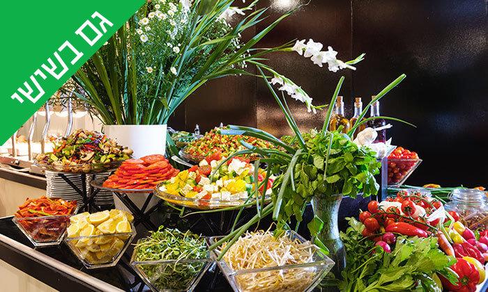 6 ארוחת בוקר בופה במלון לאונרדו ביץ', חוף גורדון תל אביב