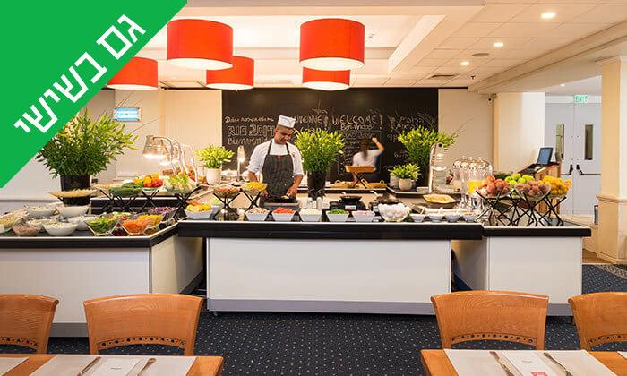 8 ארוחת בוקר בופה במלון לאונרדו ביץ', חוף גורדון תל אביב