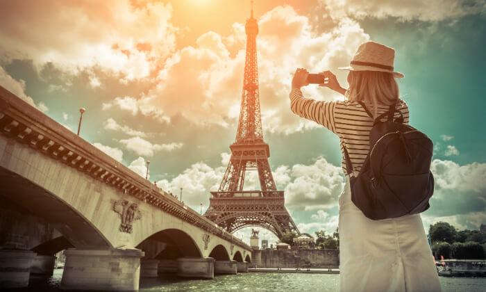 """2 חופשה בפריז, כולל סופ""""ש- גבינות, יין טוב והאורות של השאנז אליזה"""