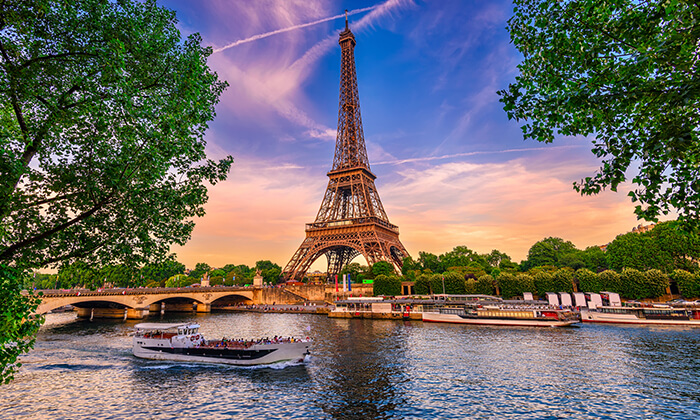 """4 חופשה בפריז, כולל סופ""""ש- גבינות, יין טוב והאורות של השאנז אליזה"""