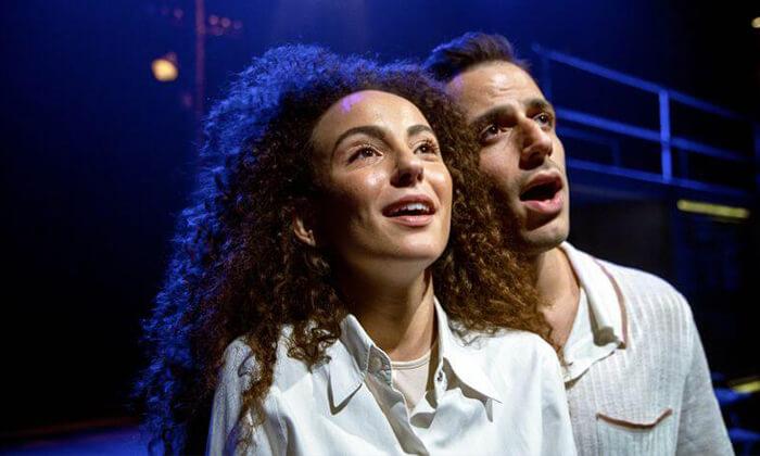 """3 כרטיס למחזה """"מיקה שלי"""" בתיאטרון הבימה"""