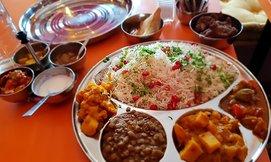 ארוחה הודית ב-Babaji פלורנטין