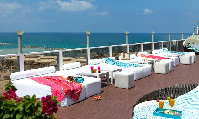 7 ארוחת בוקר במלון לאונרדו ארט, חוף גורדון תל אביב