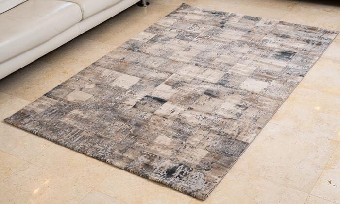 7 שטיח קטיפתי לסלון