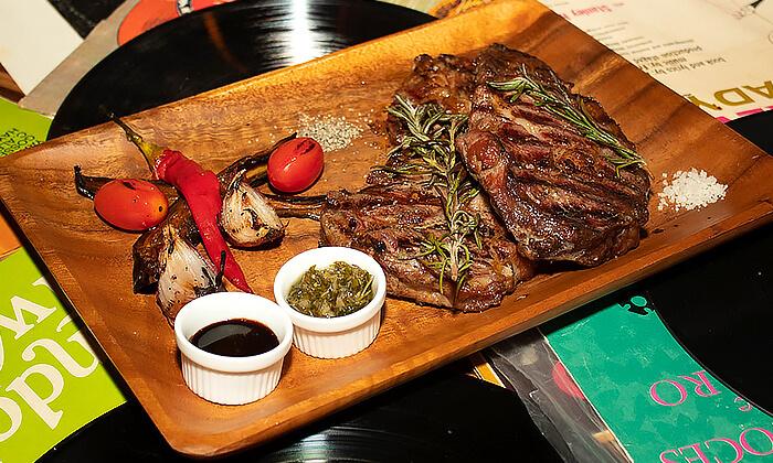 4 ארוחת שף זוגית במסעדת Boost FM, תל אביב